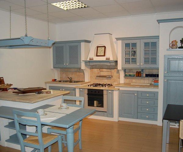 Cucina in muratura decapata - Progetti cucina in muratura ...